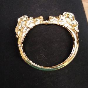 Jewelry - Beautiful two horse gold head bangle